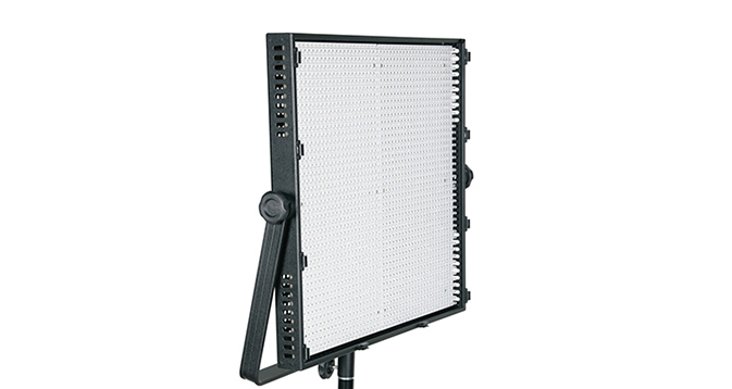 LEDGO 2016 LED Panel with V-Lock & Barn Doors (Daylight)