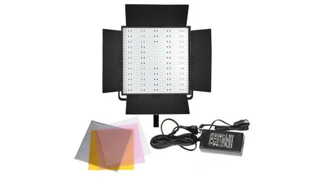 LEDGO 600 LED Panel, V-Lock Battery Plate & Barndoors (Daylight)