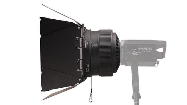 NanLite Forza 300 Fresnel Lens (FL-20)