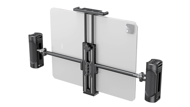 SmallRig 2929 Tablet Mount with Dual Handgrip for iPad